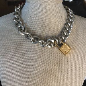 Ellandemm lock collar necklace
